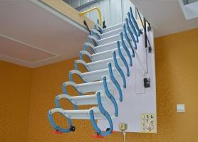 经典手动伸缩楼梯 蓝-白