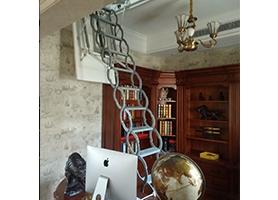 全自动伸缩楼梯