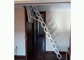 电动伸缩楼梯